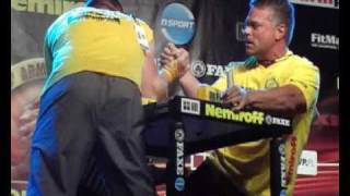 Sergiy Tokarev vs. John Brzenk - Right +95 kg - Nemiroff 2010 - World of Armwrestling.com