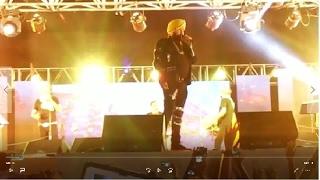 Daler Mehndi Live Concert dangal dangal