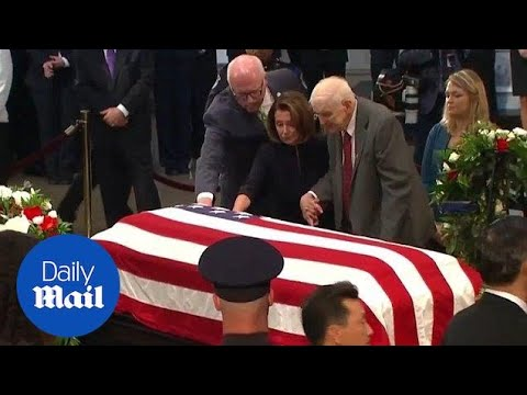 John McCain's former cellmate in Vietnam pays tribute at funeral