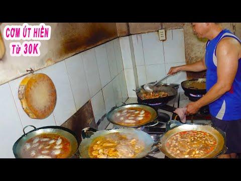Bất ngờ Chủ Quán Cơm Trưa chia sẻ luôn bí quyết nấu ăn ngon
