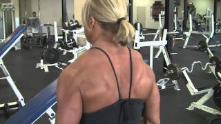 Julie Bourassa, canadian bodybuilder, june 2010, training/posing  3 week-out