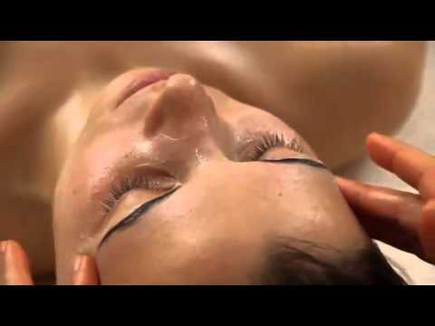 ANIKA ORGANIC LUXURY  Green Spa Facial with pure organic fair ingredients
