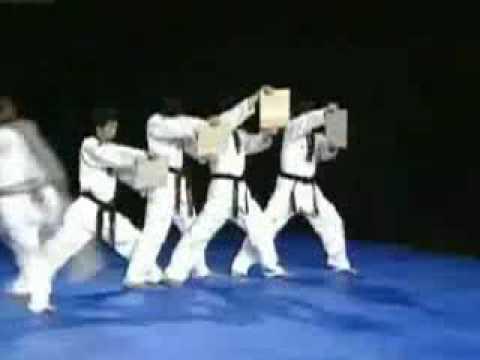 bieu dien teakwondo
