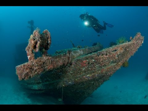 Discover the World of Wreck Diving | Borneo from Below (S01E19)