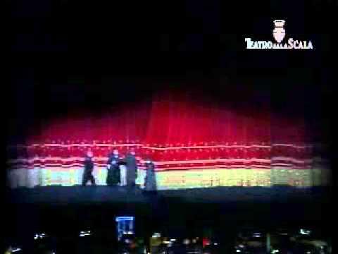 Tosca, debutto alla prima del Teatro alla Scala di Milano, 22 Aprile 2012 - Lorenzo Decaro Tenore