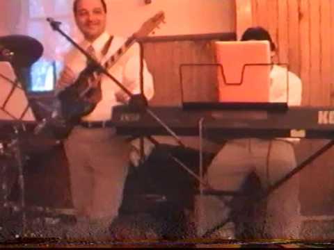 Concert integral Vox Cernica Pustnicul 2002- Partea 2/4