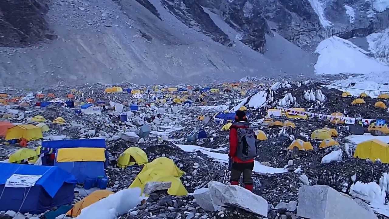 エベレストベースキャンプ - You...