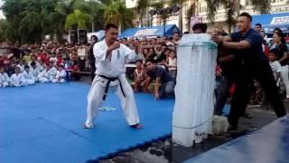 Sensei Artemio Mancol-Kyokushin Tameshiwari
