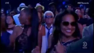 Sheila E pays tribute to Prince!