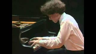 Evgeny Kissin - Rachmaninoff - Etude-Tableau No 1, Op 39