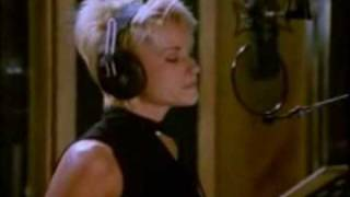 The Beach Boys and Lorrie Morgan - Don
