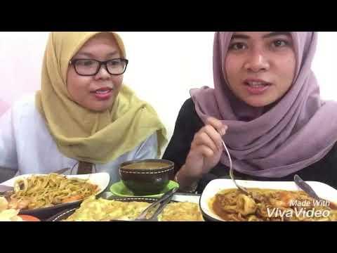 mukbang,-wisata-kuliner-,-makanan-khas-indonesia-banget,-mie-aceh-seafood-&-martabak-kari