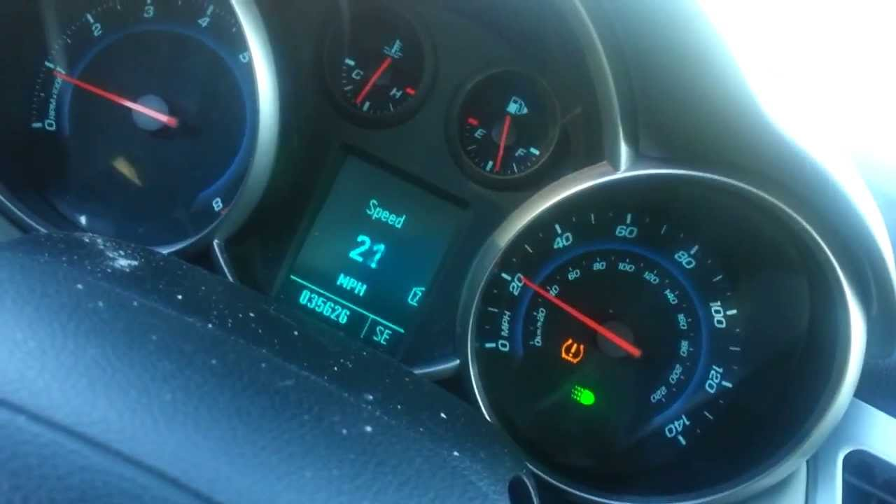 Idle Chevy Cruze 2011 6 Speed Ls Speedometer Going To 130mph Youtube