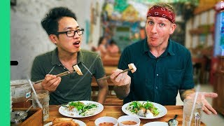 Stupid good BANH CUON and the ultimate sausage party! Where to eat in Ho Chi Minh City