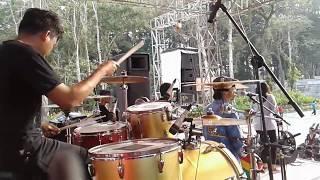 Peace in liberia - alpha blondy - afandi GERANIUM Drum camp