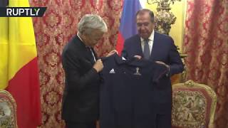 Russia's FM Lavrov swaps jerseys with his Belgian counterpart