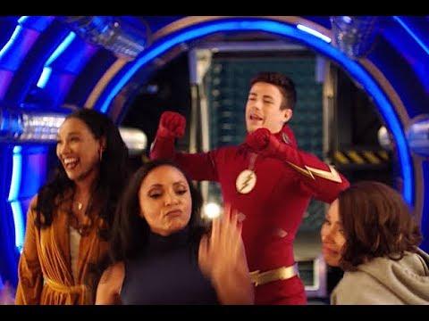 THE FLASH Season 5 Gag Reel - Funny Moments   Team Flash Season 5 Bloopers