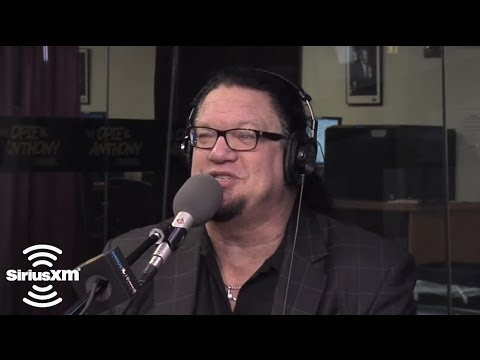 Penn Jillette EXPLICIT Criss Angel is like Samantha Stevens on Bewitched  SiriusXM