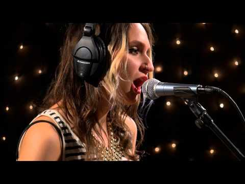 Speedy Ortiz - Ginger (Live on KEXP)