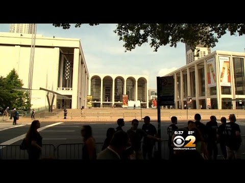 Lockout Looms If Labor Deal Isn't Reached At Metropolitan Opera House