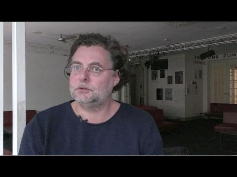 """""""Gespenster"""": Sebastian Hartmann im Interview"""