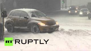 Russia: Xmas whiteout strikes Moscow