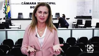 Alessandra Lucchesi homenageia educadora e pede asfalto em rua central e fiscalização no Rio Bonito