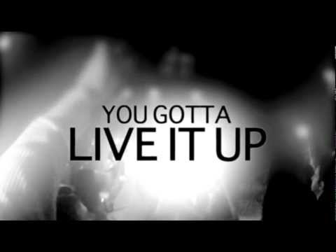 Airbourne // Live It Up (OFFICIAL LYRIC VIDEO)