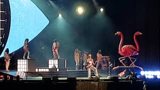 Katy Perry - Hot N Cold/(T.G.I.F) #WitnessTheTour 08/03/2018 @ Pista Atlética. Chile.