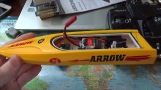 Розпакування радіокерованого човни Pilotage Arrow 25 (Volantex RC Vector 28)
