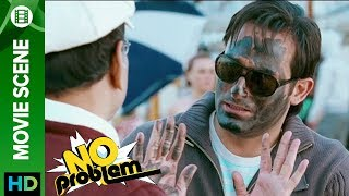 Akshaye Khanna tricks Paresh Rawal - No Problem