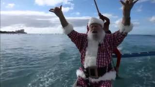 What Santa Claus does on holiday in Hawaii Thumbnail