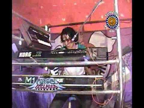 El Angel De Los Teclados En Vivo-El Chaka Chaka