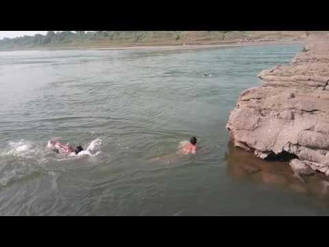 Amode guys swimming in tapi river