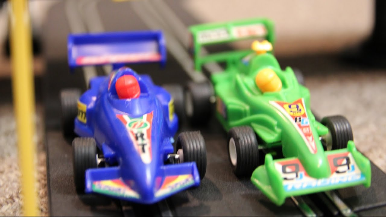 AWESOME RACE CAR TRACK Speed Way TOYS Crash RACING ACTION! - YouTube