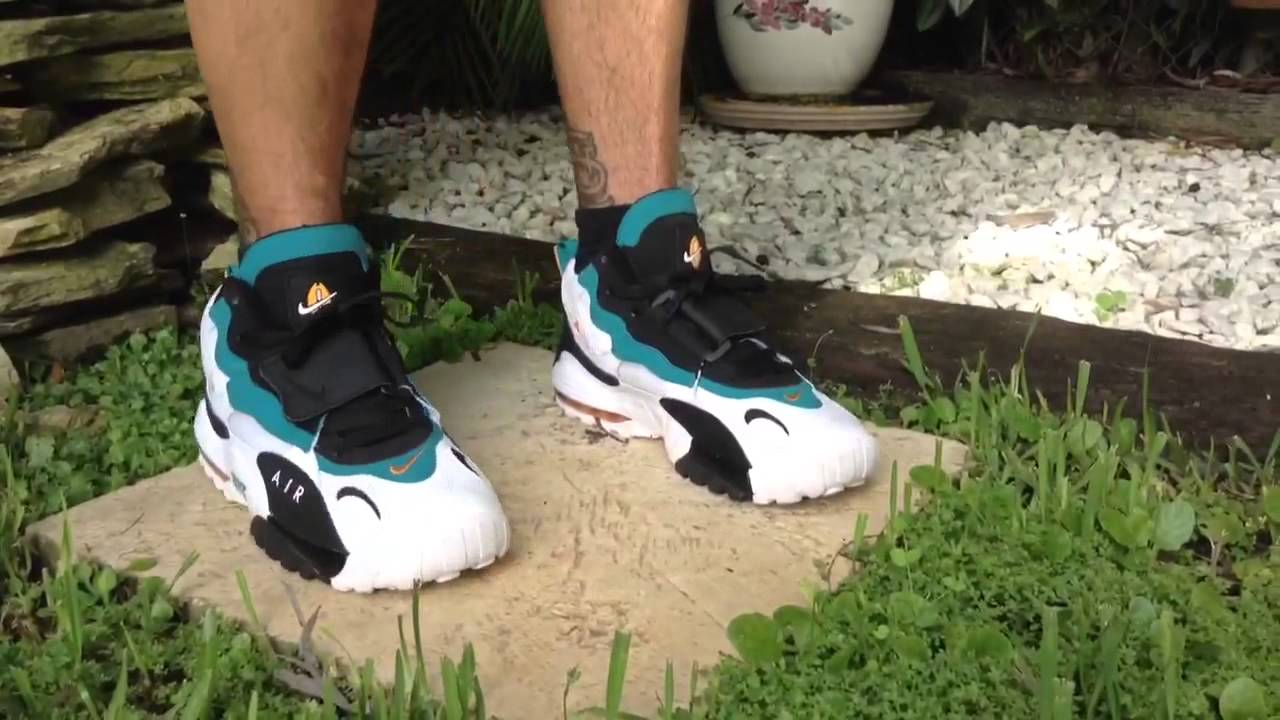 a10f23f66d Feature Fit: Nike Air Max Speed Turf