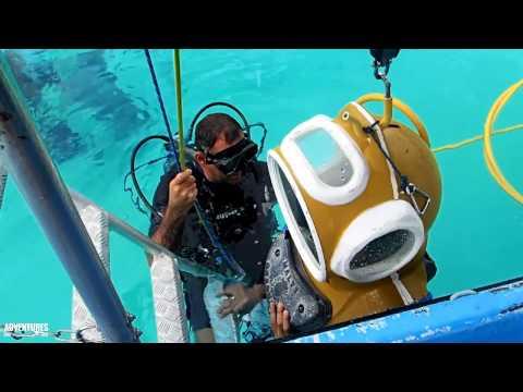 Moorea Aquablue Helmet dive in 4K