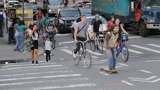 Attention, Cyclists: It's Fine for Non-Bikers to Use the Bike Lane