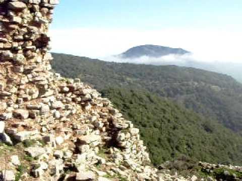 Castle ruin in Messinia, Greece (kserokastro)