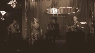 Play Sarah (Live)