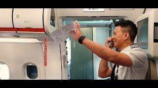 Pilot surprises parents on flight