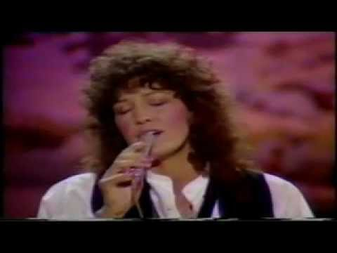 RITA COOLIDGE  ALL TIME HIGH James Bond 007 OCTOPUSSY The val doonican show 1983