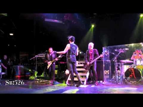 Adam Lambert Purple Haze/Whole Lotta Love Paris 111810 .m4v