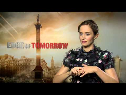 Edge of Tomorrow: Emily Blunt Official Movie Interview