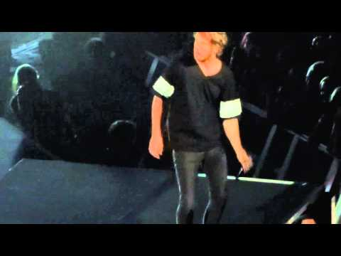 Imagine Dragons start Smoke and Mirrors set--Shots--Moda Center, Portland Oregon 2015-06-03