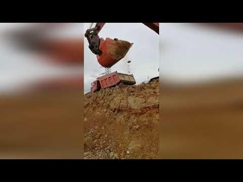 "Экскаватор Hitachi ZX 240 в работе. Ковш производства ""ЦИЛИНДРЫ КОВШИ"""