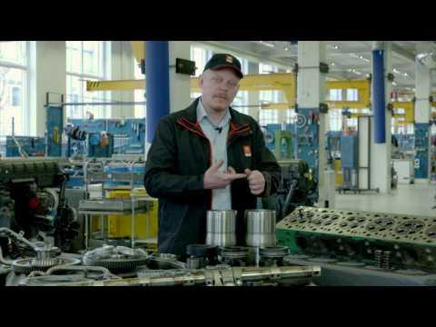 Renault Trucks DXI 13 L engine
