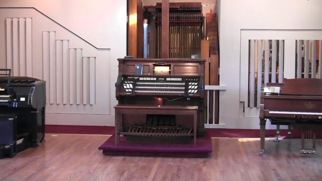 Aeolian Pipe Organ plays Rachmaninoff Prelude in C# Minor