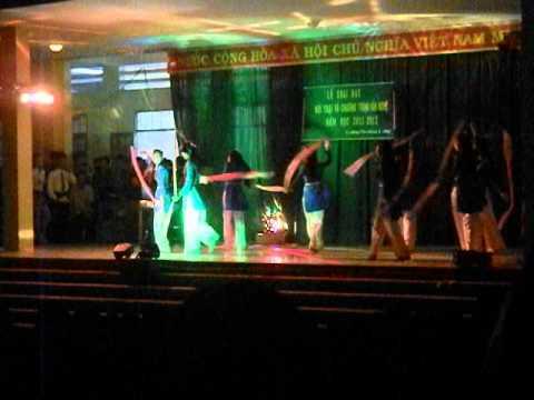 Hội trại và văn nghệ 26-3 Trường THPT Phan Chu Trinh Phú Yên 2011-2012