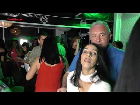 Dating Colombian Women In Medellin Colombia
